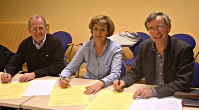 De gauche à droite, les présidents du Secours Catholique (François Soulage, à gauche sur la photo), d'Amnesty France (Geneviève Garrigos) et d'Atd Quart Monde (Pierre Saglio). Ph. Amnesty France