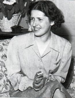 En 1945, à 24 ans, après son retour du camp de Ravensbrück (DR)