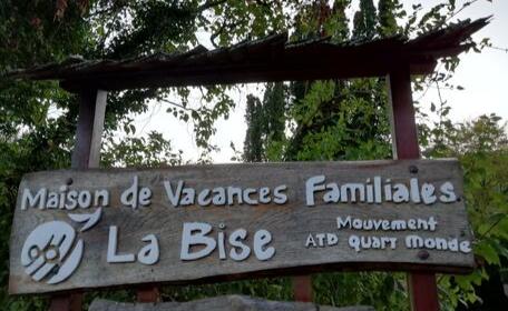 La Maison De Vacances Familiales De La Bise Fait Peau Neuve Atd Agir Tous Pour La Dignite Quart Monde
